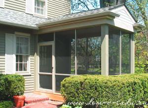 Тамбур из стекла для частного дома