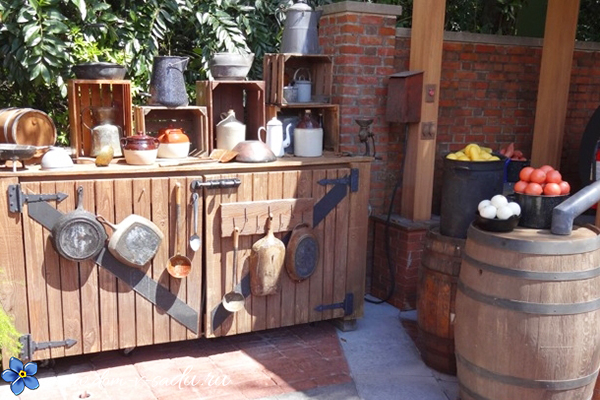 деревянная дачная кухня