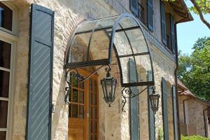 Навесы для дачи из поликарбоната красивый дом и сад.