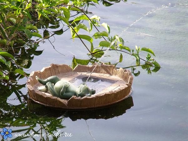 садовая фигурка для водоема