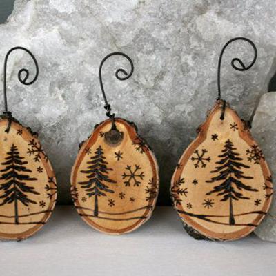 игрушки на елку из дерева