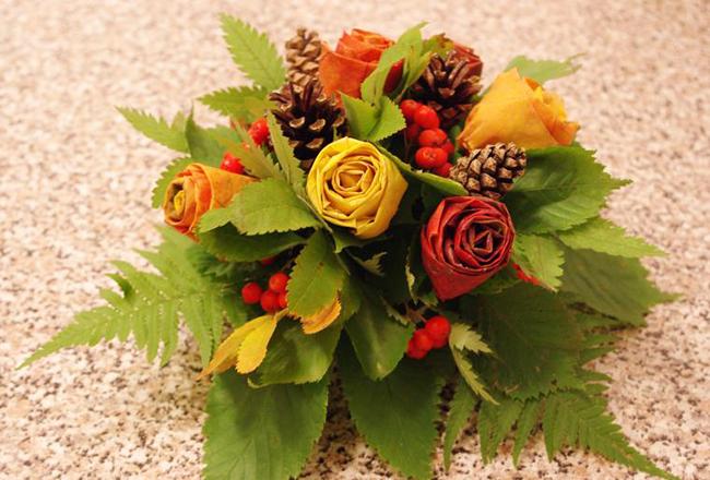 Букеты роз из листьев своими руками