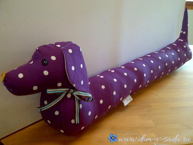 Подушка от сквозняков такса