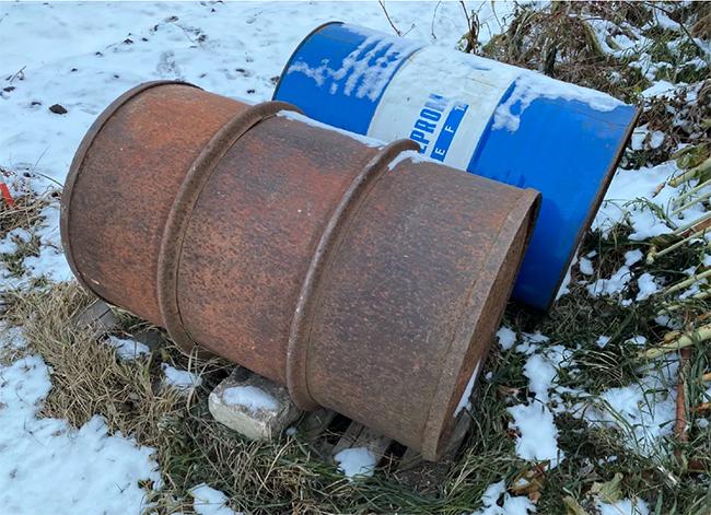 как укрыть садовую бочку на зиму