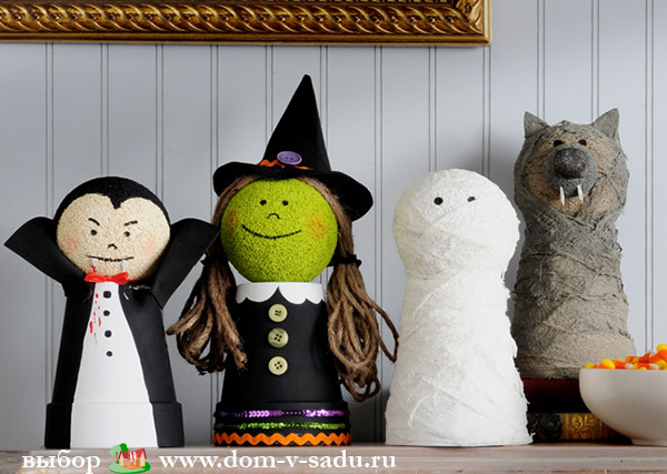 Украшения на Хэллоуин своими руками  метла ведьмы